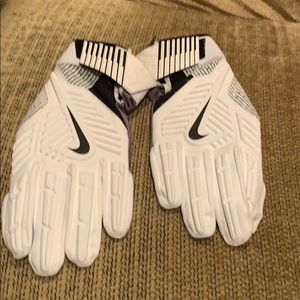 New Nike D Tack Lineman's Football Gloves SZ 4XL